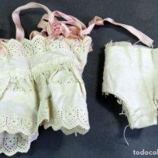 Vestidos Muñeca Española Clásica: ROPA MUÑECA COMBINACIÓN BRAGAS AÑOS 40 - 50. Lote 142419754
