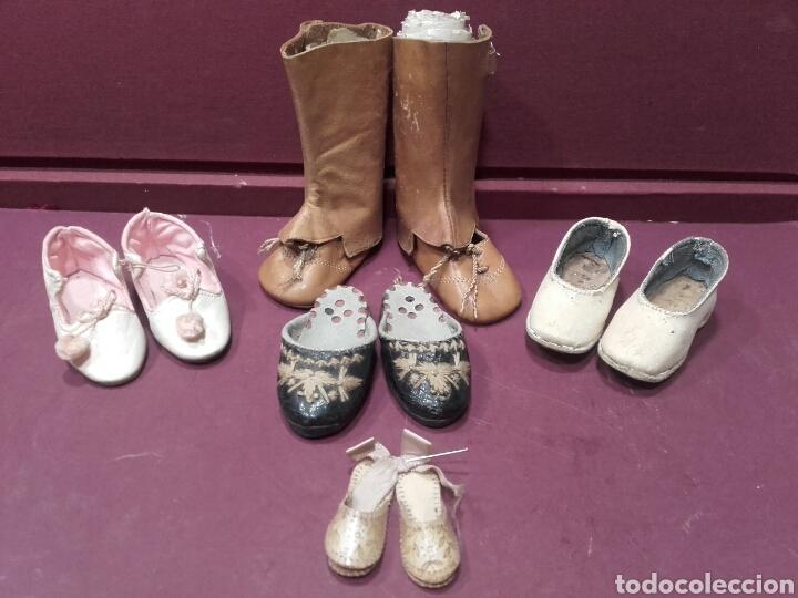 LOTE DE 5 PARES DE ZAPATOS Y BOTAS DE MUÑECAS. VER FOTOS (Juguetes - Vestidos y Accesorios Muñeca Española Clásica (Hasta 1960) )