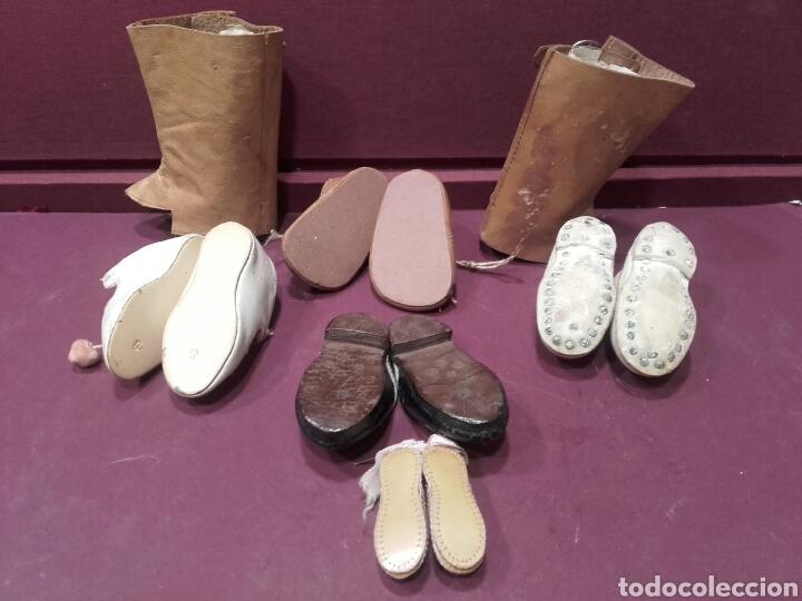 Vestidos Muñeca Española Clásica: LOTE DE 5 PARES DE ZAPATOS Y BOTAS DE MUÑECAS. ver fotos - Foto 3 - 144330226