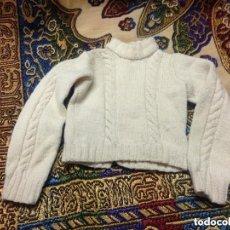Vestidos Muñeca Española Clásica: ANTIGUO Y PRECIOSO JERSEY COLOR MARFIL PARA MUÑECA MUÑECO. Lote 147316670