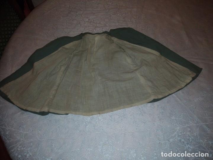 Vestidos Muñeca Española Clásica: Bonito abrigo de invierno mariquita pera,color verde oliva.forrado. - Foto 5 - 148497506