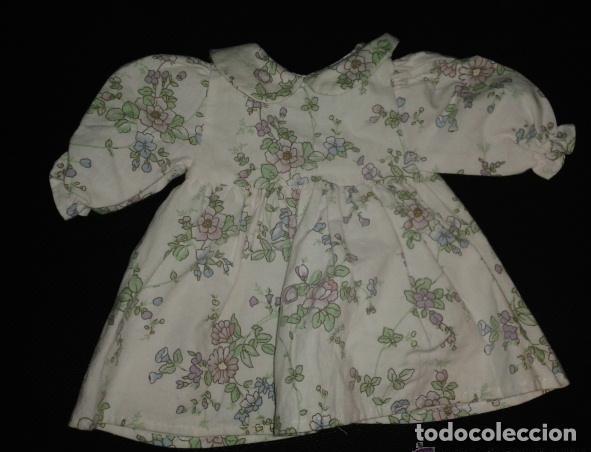 Vestidos Muñeca Española Clásica: Lote de 8 vestidos de muñeca años 40-50: abrigos, vestidos de fiesta, etc No están marcados - Foto 4 - 150723594