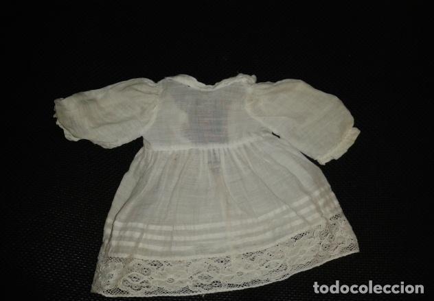 Vestidos Muñeca Española Clásica: Lote de 8 vestidos de muñeca años 40-50: abrigos, vestidos de fiesta, etc No están marcados - Foto 9 - 150723594