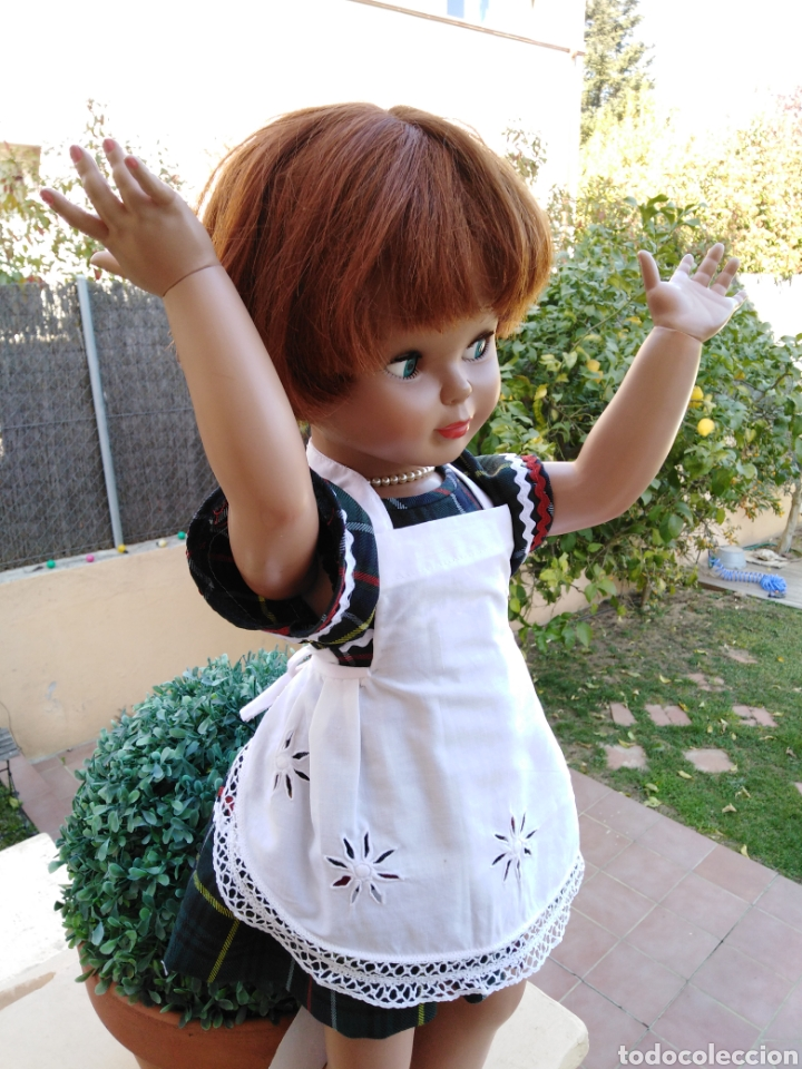 Vestidos Muñeca Española Clásica: Delantal para muñeca vintage o mandil de los 60 bordado y con puntilla hecha a mano,-- 5 - Foto 5 - 154497805