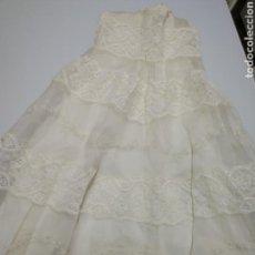 Vestidos Muñeca Española Clásica: ANTIGUO FALDON DE BEBE PARA MUÑECA. Lote 162513304