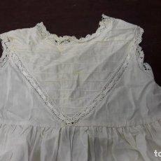 Vestidos Muñeca Española Clásica: ANTIGUO TRAJE DE CRISTIANAR IDEAL PARA TU MUÑECA. HACIA 1920. Lote 165724974