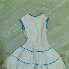 Vestidos Muñeca Española Clásica: VESTIDO TIPO VIVIANA BLANCO CON AZUL SIN MANGAS (130). Lote 184341426
