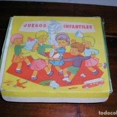 Vestidos Muñeca Española Clásica: JUEGO DE NACORAL. PLASTICO CRISTALINO. NUEVO. MEDIDAS CAJA 16 X 14 CM. Lote 211660321