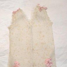 Vestidos Boneca Espanhola Clássica: BODY PIJAMA TALLA 50 LAZOS ROSA PARA MUÑECA AÑOS 30, NO JUGADO RESTO TIENDA.. Lote 190243578