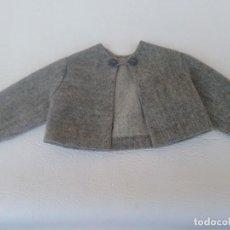 Vestidos Muñeca Española Clásica: CHAQUETA GRIS DE MUÑECA MARILO. Lote 191215233