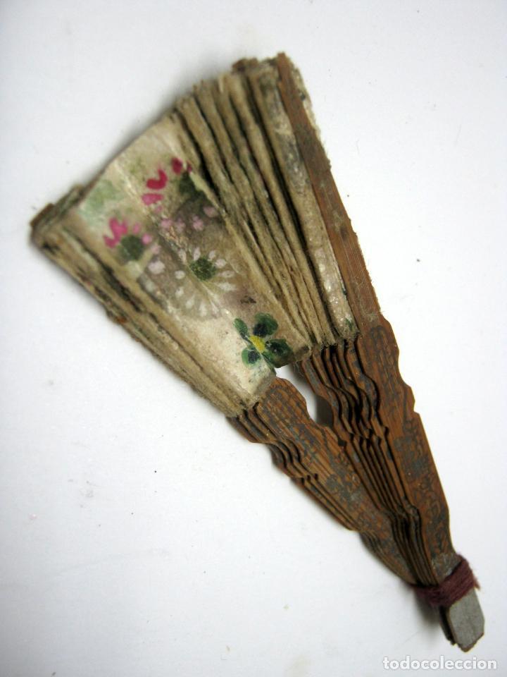Vestidos Muñeca Española Clásica: 7 cm - Antiguo abanico miniatura para muñeca - Foto 2 - 193858873