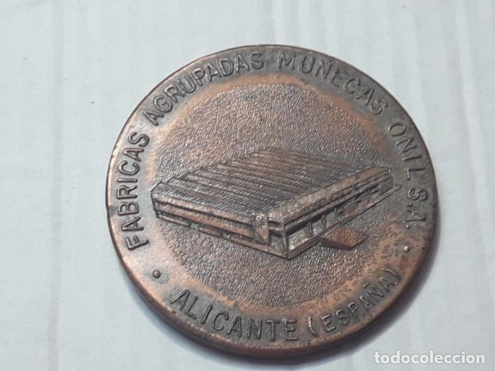 Vestidos Muñeca Española Clásica: Medallas Conmemorativas Fábrica Muñecas - Foto 6 - 212235151