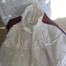 Vestidos Muñeca Española Clásica: CAPA DE CRISTIANAR MUÑECA ANTIGUA SIN USO. Lote 221652813