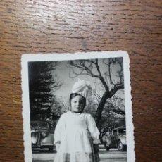 Vestidos Muñeca Española Clásica: ANTIGUA FOTO DE NIÑA CON TRAJE DE LAVANDERA DE VILA DE CANEÇAS - AÑO 1959 - PORTUGAL. Lote 224791168