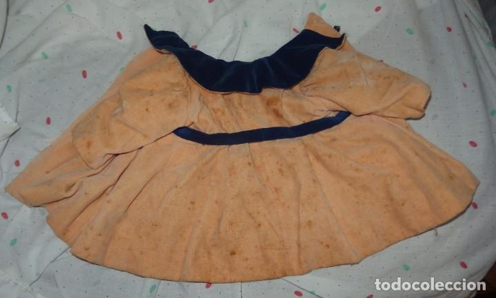 Vestidos Muñeca Española Clásica: ABRIGO DE TERCIOPELO,CON CURIOSOS BOTONES,DE MARI PEPA,AÑOS 40 - Foto 6 - 226089225