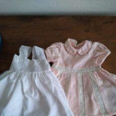 Vestidos Muñeca Española Clásica: DOS VESTIDOS PARA MUÑECA. Lote 241765415