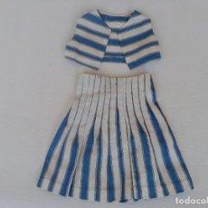 Vestidos Muñeca Española Clásica: TRAJE DE CHALECO Y FALDA PARA MUÑECA ANTIGUA MARILO. Lote 276185843