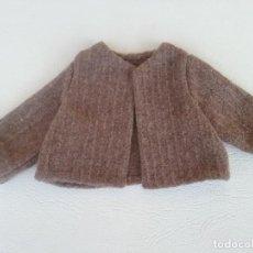Vestidos Muñeca Española Clásica: ABRIGO VINTAGE PARA ANTIGUA MUÑECA MARILO. Lote 276186203