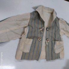 Vestidos Muñeca Española Clásica: BLUSA BEIGE DE RAYAS CON BOLSILLO (4084/21). Lote 276666383