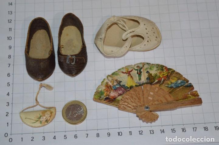 ABANICO, ZAPATOS Y PEQUEÑO BOLSO - LOTE ANTIGUO ACCESORIOS MUÑECAS ¡MIRA FOTOS! (Juguetes - Vestidos y Accesorios Muñeca Española Clásica (Hasta 1960) )