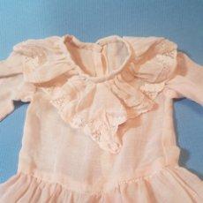 Vestidos Muñeca Española Clásica: VESTIDO ROSA DE MUÑECA ANTIGUA. Lote 289295698