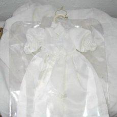 Vestidos Muñecas Españolas: VESTIDO DE COMUNIÓN DE MUÑECA PAOLA REINA,ETIQUETA,A ESTRENAR. Lote 27408782