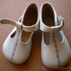 Zapatos de bebé de piel