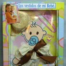 Vestidos Muñecas Españolas: CONJUNTO ROPA BABY BEBÉ DE FEBER LOS VESTIDOS DE MI BEBÉ REF 5101 1990 NUEVO SIN USO. Lote 206243061
