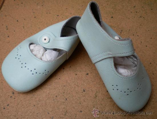58a83e12ef8 zapatos de bebé azules de piel