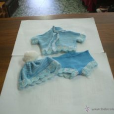 Vestidos Muñecas Españolas: CONJUNTODE CHIQUITIN DE FAMOSA. Lote 39905441