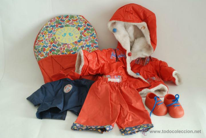 cd1385603 Ropa de Baby Feber. Mochila porta bebé, Abrigo, Camisa, Pantalón reversible  y Zapatos.