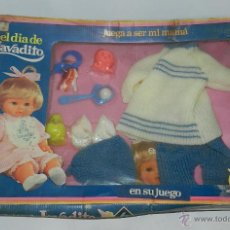Vestidos Muñecas Españolas: CONJUNTO EL DÍA DE LAVADITO, MUÑECAS BB, CAJA COMPLETA, PERO CON RESTOS DE HUMEDAD EN EL CARTON.. Lote 43764665