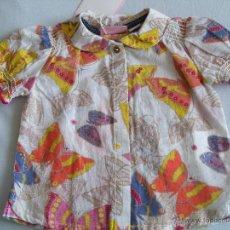 Vestidos Muñecas Españolas: CAMISA - BLUSA BEBÉ REBORN MUÑECA TALLA 6 MESES. CHICCO. NUEVA. Lote 50219345