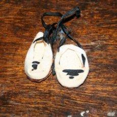 Vestidos Bonecas Espanholas: ZAPATOS ORIGINALES MUÑECA PIRULA . Lote 50363217