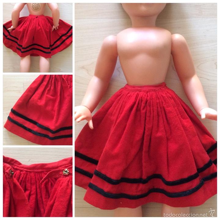 91a51ab17c Vestidos Muñecas Españolas  falda plisada roja de fieltro muñeca PIERINA  auntentica - Foto 8 -
