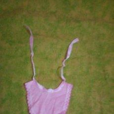 Vestidos Muñecas Españolas: BABERO PARA NENUCO. Lote 63157940
