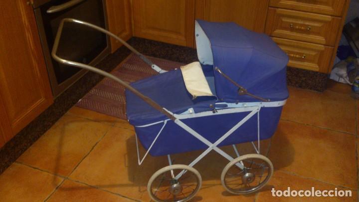 Vestidos Muñecas Españolas: Antiguo carrito de bebe para muñecas de 60/70 cm,o para niñas. - Foto 2 - 67477033