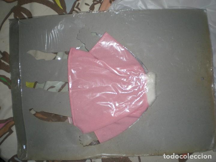 Vestidos Muñecas Españolas: dificil vestido + muñeca recortable tu primer bebe de feber muñecos con corazón años 60/70 sin uso - Foto 3 - 78324001