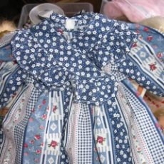 Vestidos Muñecas Españolas: PRECIOSO VESTIDO PARA MUÑECA MAS GRANDE QUE NENUCA. Lote 80849487