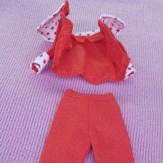 Vestidos Muñecas Españolas: == Q25 - BONITO CONJUNTO DE CHABEL - ORIGINAL DE FEBER. Lote 195465853