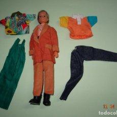 Vestidos Muñecas Españolas: ¡ CHABEEL CHABEEL QUE BIEN ! PAPÁ DE CHABEL Y CONJUNTOS NUEVO A ESTRENAR 1980-90. Lote 228348280