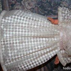 Vestidos Muñecas Españolas: VESTIDO DE MUÑECA FAMOSA COMUNION . Lote 86025780