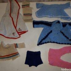 Vestidos Muñecas Españolas: GRAN LOTE VARIADO DE ROPA PARA MUÑECO TIPO NENUCO, BABY MOCOSETE, ETC.... Lote 89827343