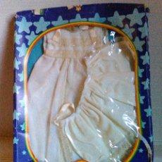 Vestidos Muñecas Españolas: TRAJE BAUTIZO BABY MOCOSETE. AÑOS 70. TOYSE. Lote 101373155