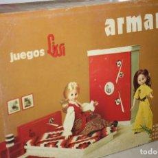 Vestidos Muñecas Españolas: ANTIGUA A ESTRENAR ARMARIO DE LISSI.. Lote 103822903