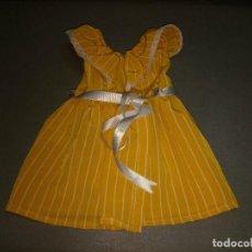 Vestidos Muñecas Españolas: VESTIDO AMARILLO - SIN ETIQUETA. Lote 108988311