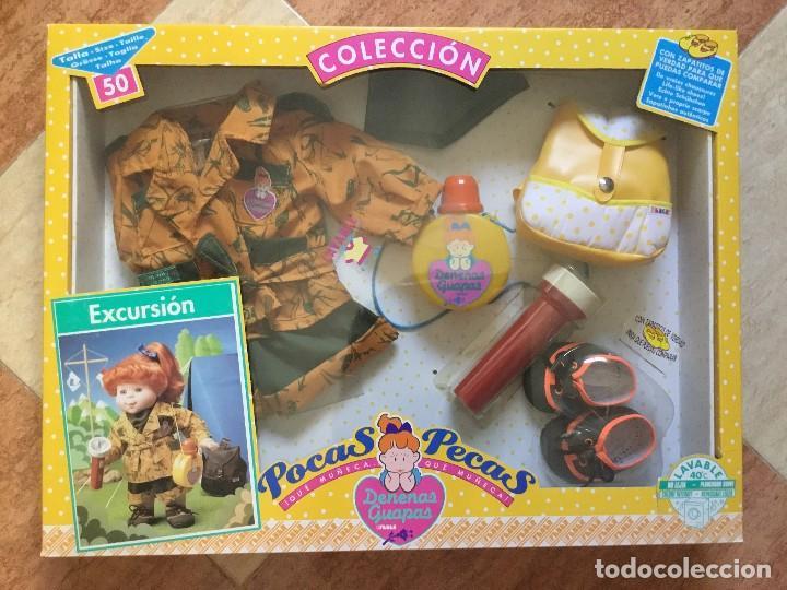 SET DE EXCURSIÓN MUÑECA POCAS PECAS - FEBER, 1990 - DENENAS GUAPAS - DESCATALOGADO SIN ABRIR RARO (Juguetes - Vestidos y Accesorios Muñeca Española Moderna)