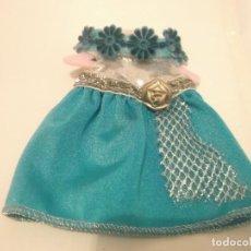 Vestidos Muñecas Españolas: VESTIDO PARA MUÑECA CON PERCHA. Lote 117067099