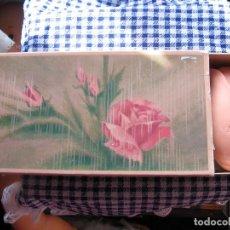 Vestidos Muñecas Españolas: CAJA DE 3 JABONES DE ROSAS DE AVON. Lote 125847459