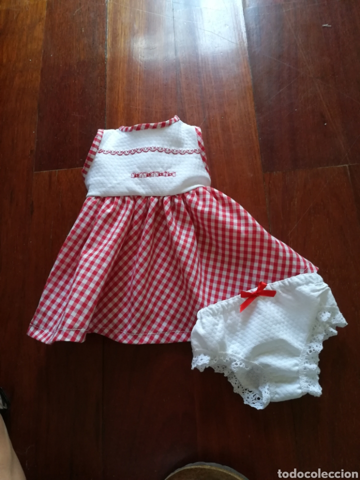 Vestidos Muñecas Españolas: Vestido bordado en el delantero y braguita para muñeca de 50 cm y de 64 cm. -31 - Foto 7 - 128643491